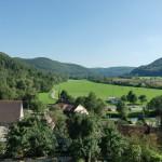 Blick von unseren Häusern ins Tal